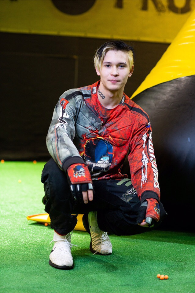 Некита Мельников №13 «Milka». Команда по спортивному пейнтболу SnapShot